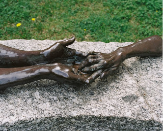 5_The-Welcoming-Hands_Louise