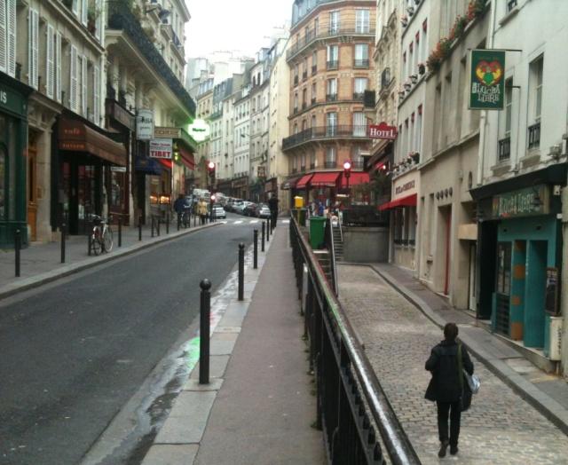 rue et hotel